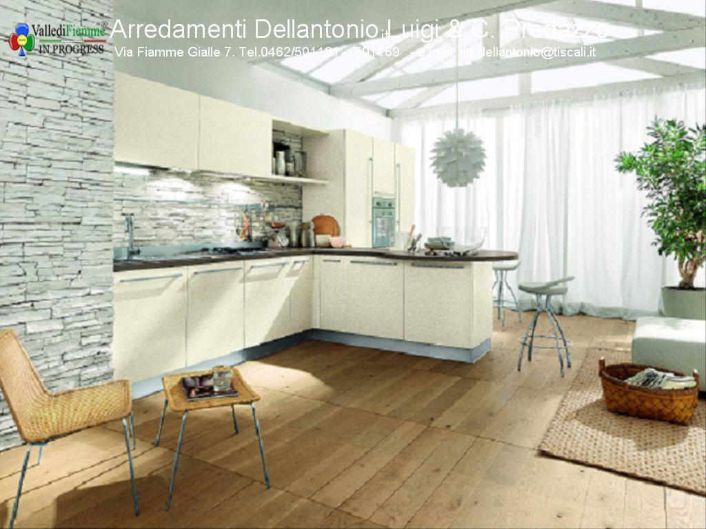 Vendita Promozionale da Arredamenti Dellantonio Luigi di Predazzo - Fiemme in Progress
