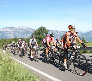 Marcialonga Cycling foto Newspower Lucciola Gruppo 300x266 Fiemme, con il sole fra i raggi nella Valle del Giro