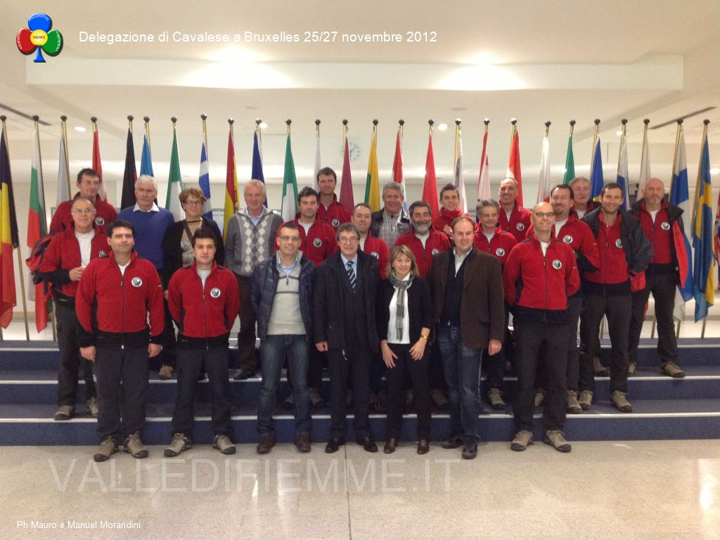 Delegazione di Cavalese a Bruxelles 25 - 27 novembre 2012 valle di fiemme it ipad26