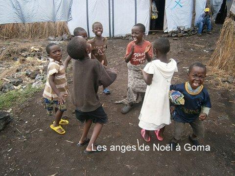 angeli di Betlemme a Goma Buon Natale a tutti gli amici di PredazzoBlog, dallAfrica e dallAmazzonia