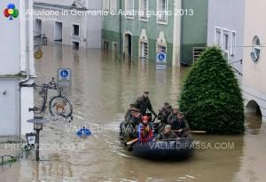 alluvione in germania austria giugno 2013 13 300x205 alluvione in germania austria giugno 2013 13