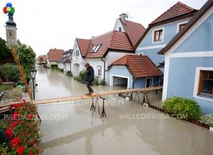 alluvione in germania austria giugno 2013 17 300x219 alluvione in germania austria giugno 2013 17