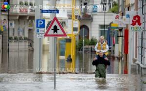 alluvione in germania austria giugno 2013 2 300x188 alluvione in germania austria giugno 2013 2