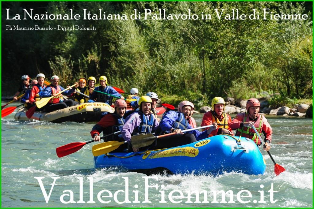 nazionale italiana di pallavolo in valle di fiemme 2013 2 1024x683 La ciurma di Berruto solca lAvisio   GIORNATA ACQUATICA DELLA NAZIONALE DI PALLAVOLO IN RITIRO IN VAL DI FIEMME
