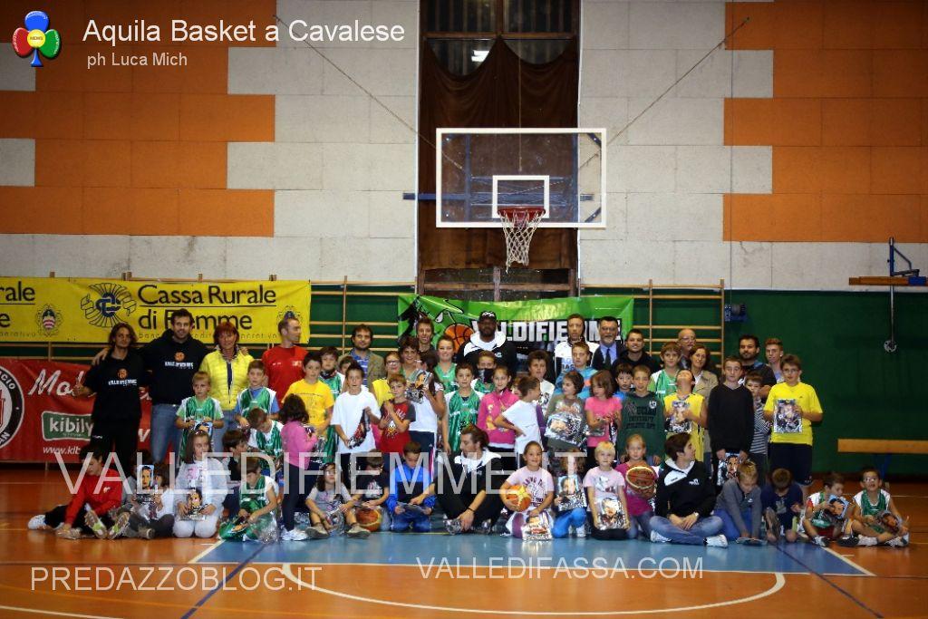 aquila basket cavalese fiemme2 Val di Fiemme Basket a canestro con i campioni di serie A