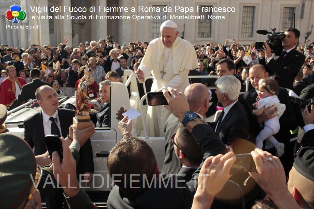 vigili del fuoco fiemme a roma da papa francesco ph sara bonelli valledifiemme.it20 I Vigili del Fuoco Volontari di Fiemme a Roma da Papa Francesco