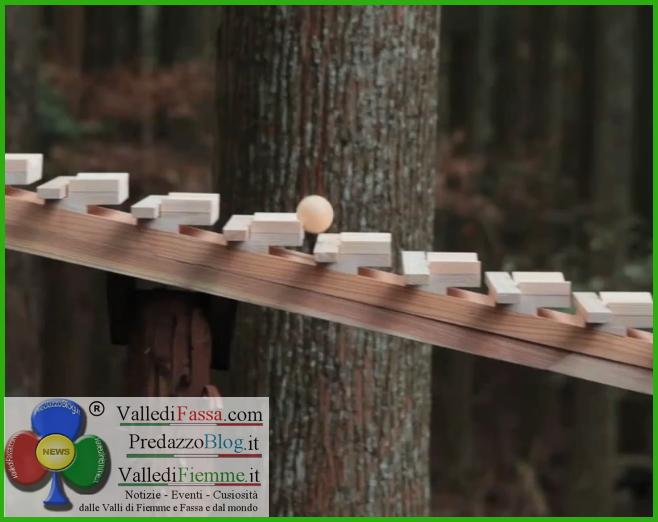 xilofono di legno nel bosco fiemme Xilofono di legno nel bosco, unidea dallo spot Giapponese