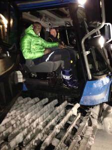 Mario Balotelli sul Gatto delle nevi a Pampeago Fiemme p 225x300 Balotelli alla ricerca della normalità in Val di Fiemme.