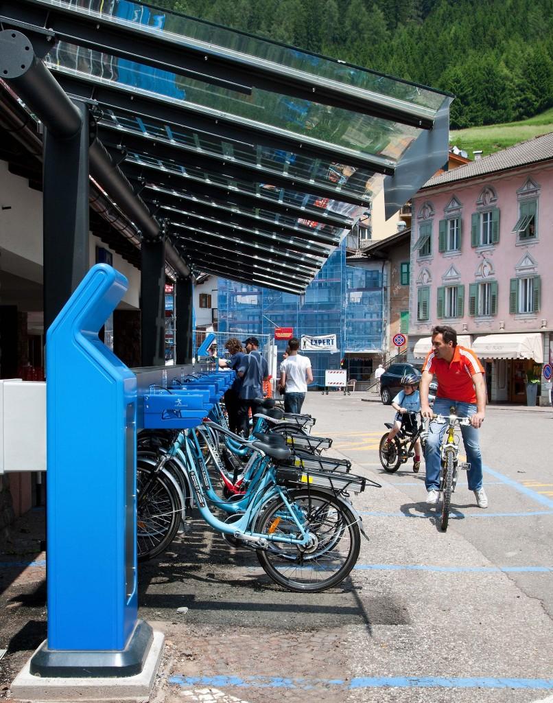 2 Fiemmemotion bike sharing Predazzo p 806x1024 BIKE 2014: in Val di Fiemme otto eventi a due ruote, salite dolomitiche, tour ed escursioni in e bike