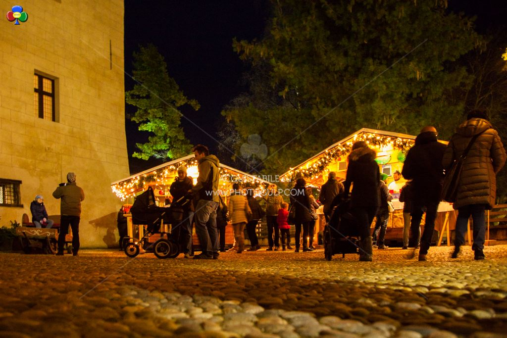 mercatino magnifico 2014 cavalese fiemme25  Cavalese accende il Natale con il MAGNIFICO MERCATINO