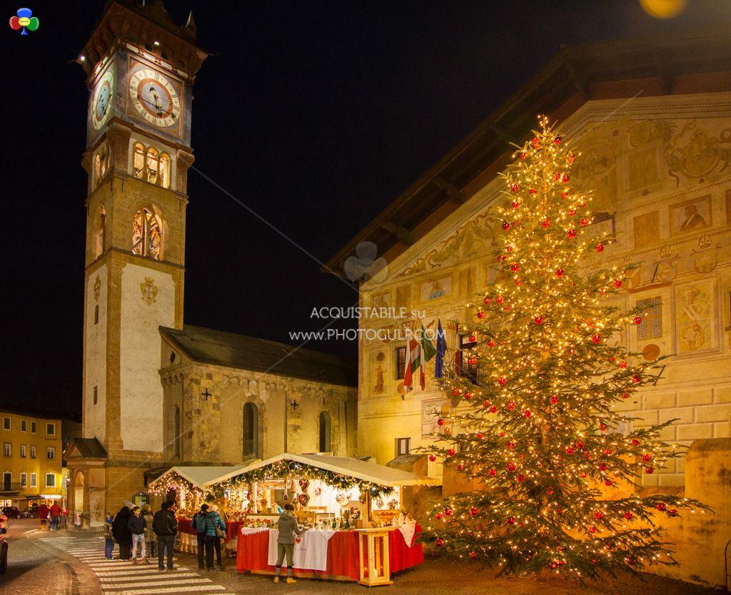 """mercatino magnifico 2014 cavalese fiemme7  Cavalese: buon """"magnifico"""" Natale"""