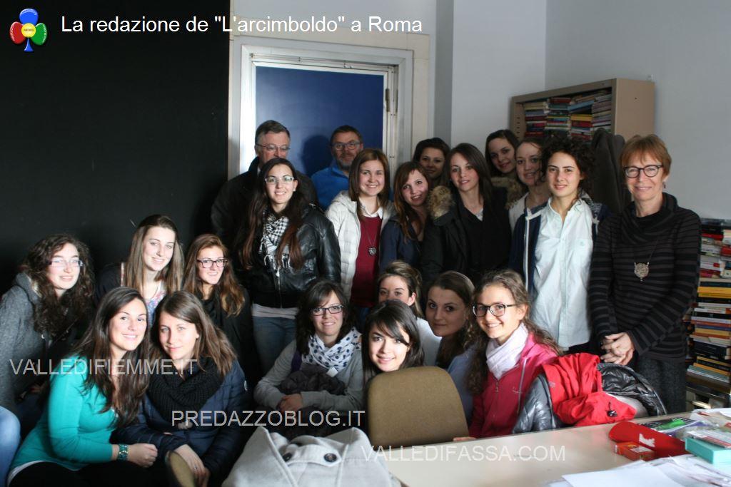 Le studentesse della Rosa Bianca con Milena Gabanelli La redazione de Larcimboldo a Roma