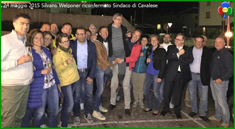 silvano welponer sindaco festeggia il risultato elettorale Silvano Welponer riconfermato sindaco di Cavalese