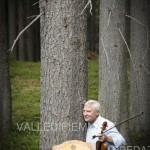 Arve Tellesfen nel bosco che suona in valle di fiemme3 150x150 Al violinista norvegesead Arve Tellesfen un abete del Bosco che Suona