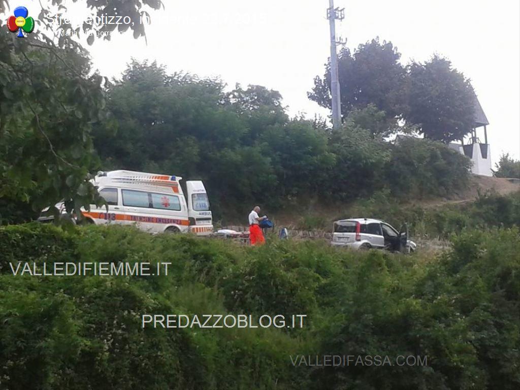 incidente stramentizzo fiemme4 Auto trafitta, salvi per miracolo a Stramentizzo