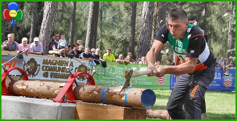 festa del boscaiolo 52° Festa del Boscaiolo con Foot Pole Climb