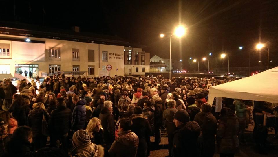 manifestazione cavalese ospedale È IL MOMENTO DI TESTIMONIARE!!! Salviamo lOspedale di Fiemme!!