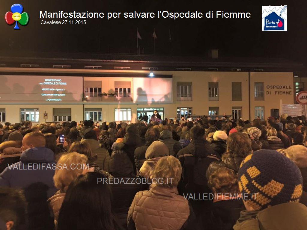 manifestazione ospedale fiemme 27.11.05 cavalese54 Ampliata la fascia oraria per partorire a Cavalese