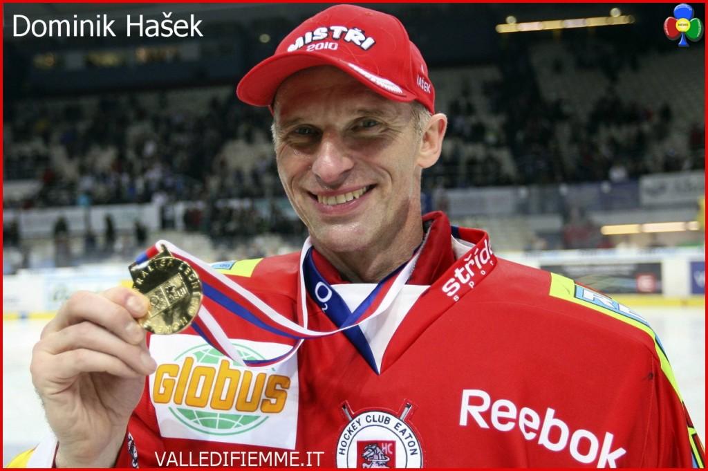 """Dominik Hašek 1024x681 """"Dominator"""" sfida l'Hockey Fiemme"""