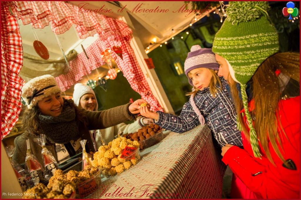 cavalese mercatino magnifico 1024x680 Cavalese accende il Natale con il MAGNIFICO MERCATINO