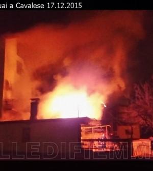 incendio via pasquai cavalese 17 dicembre 2015 valle di fiemme 1
