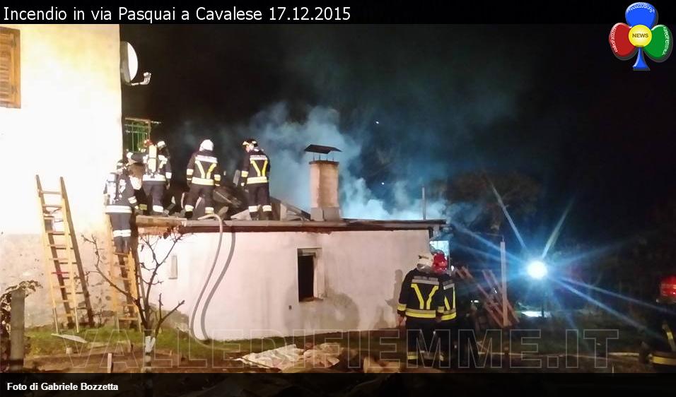 incendio via pasquai cavalese 17 dicembre 2015 valle di fiemme 2 Furioso incendio in via Pasquai a Cavalese