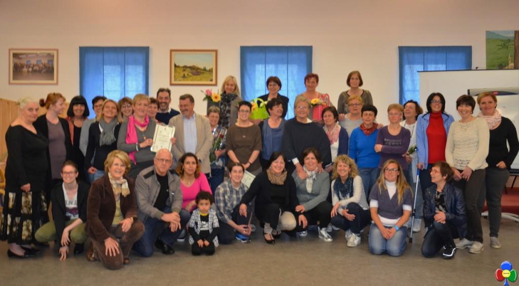 CORSO ASSISTENTI FAMILIARI fiemme 1024x565 Concluso il corso per assistenti familiari a Valfloriana