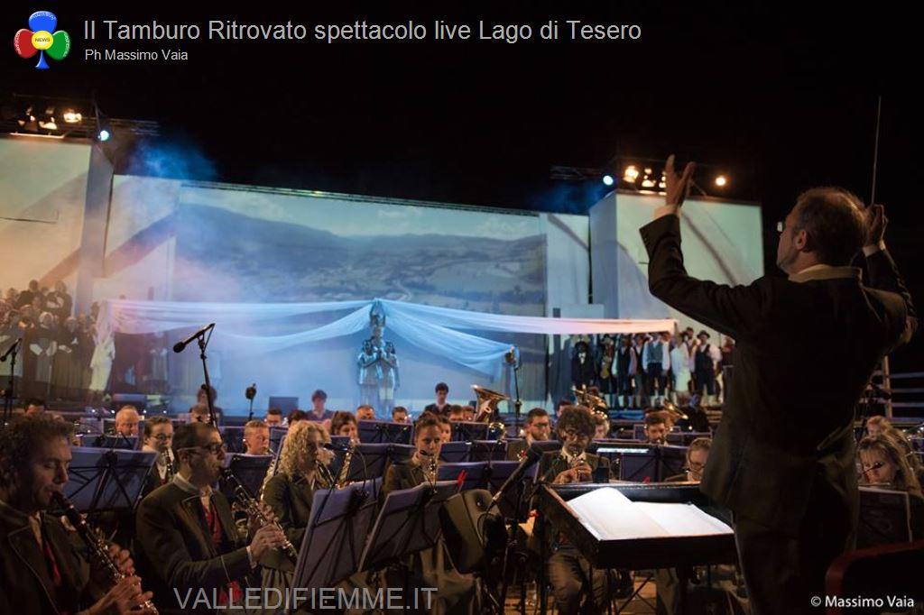 il tamburo ritrovato primo spettacolo live lago di tesero23 Il Tamburo Ritrovato tutto esaurito a Lago! Si replica