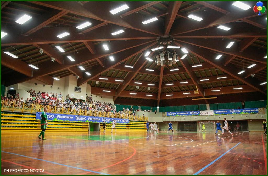 palazzetto sport cavalese 1024x676 Calcio a 5 partita a Cavalese: Italia   Ucraina