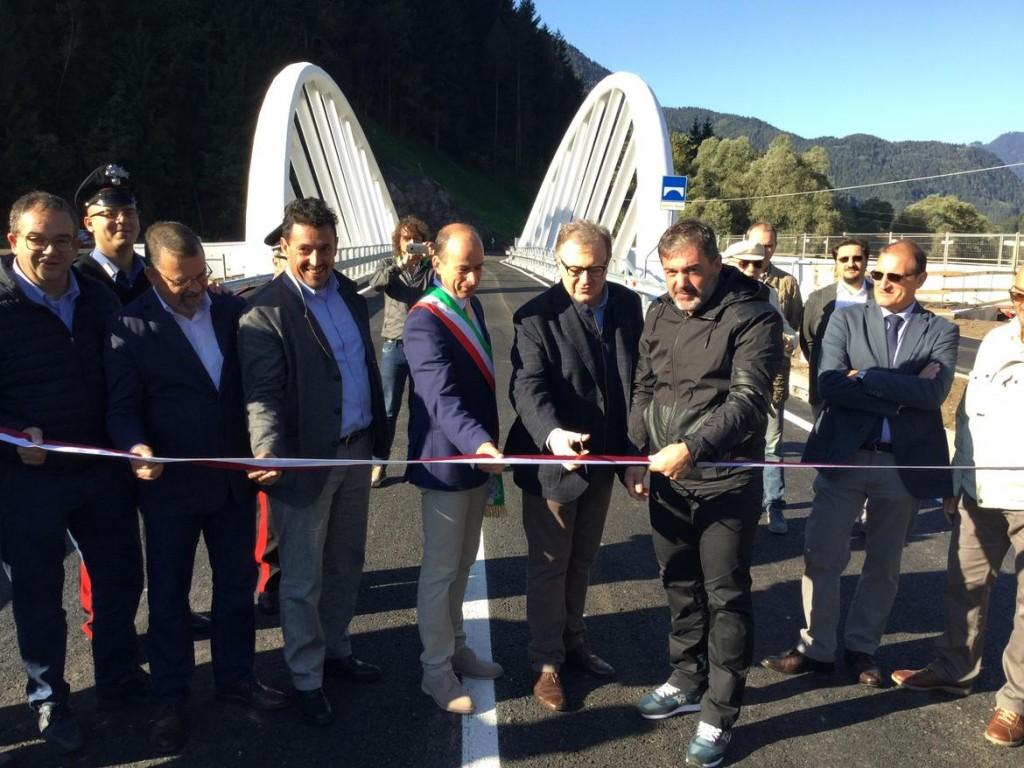 inaugurazione nuovo ponte di stramentizzo fiemme10 1024x768 Aperto il nuovo ponte di Stramentizzo, con 2 mesi di anticipo