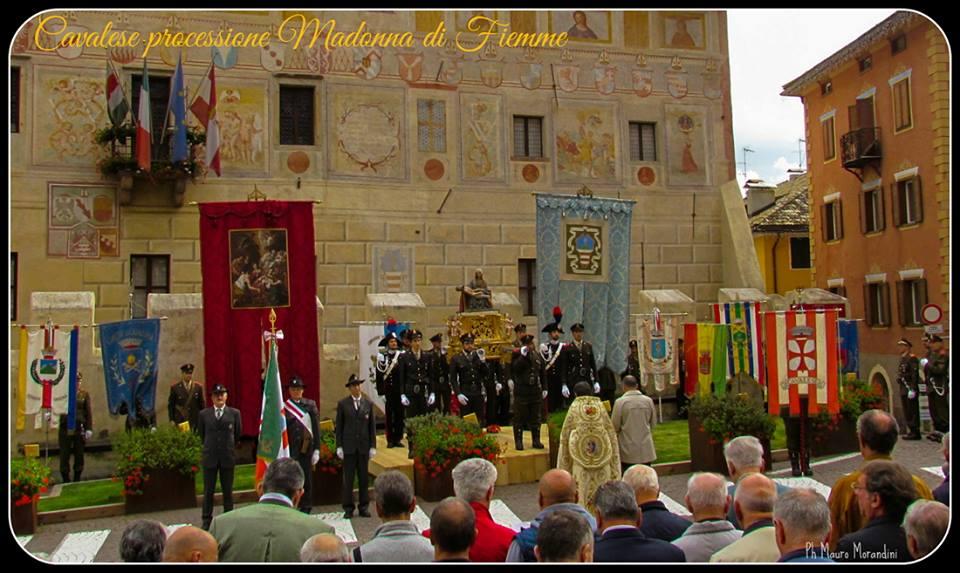 processione madonna di fiemme Cavalese, rinnovato il voto alla Madonna Addolorata   Foto