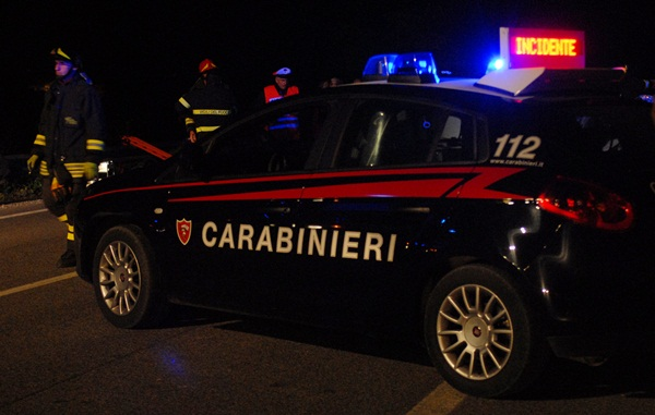 incidente carabinieri Incidente stradale in fondovalle a Panchià, 3 feriti