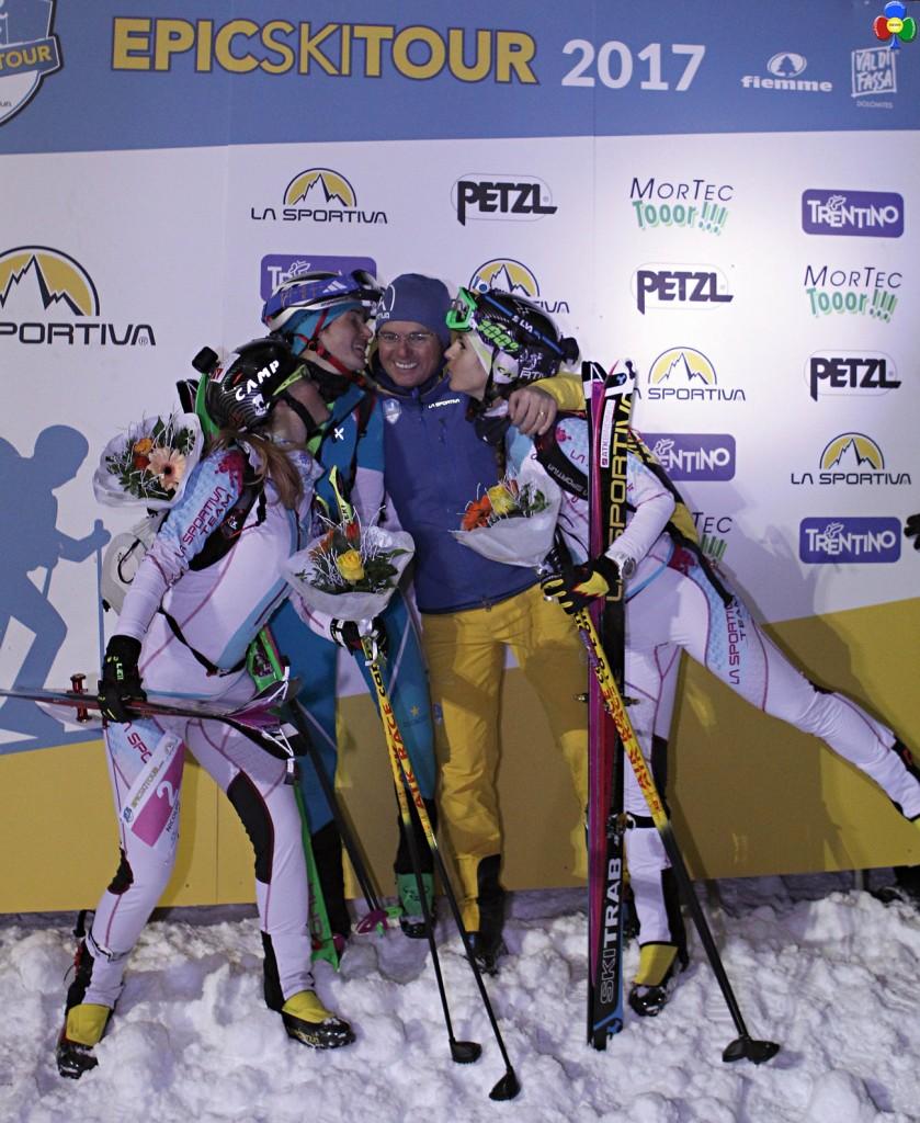 epic ski tour podio femminile 839x1024 1°Epic Ski Tour, a Lenzi e Desilvestro la tappa Cermis