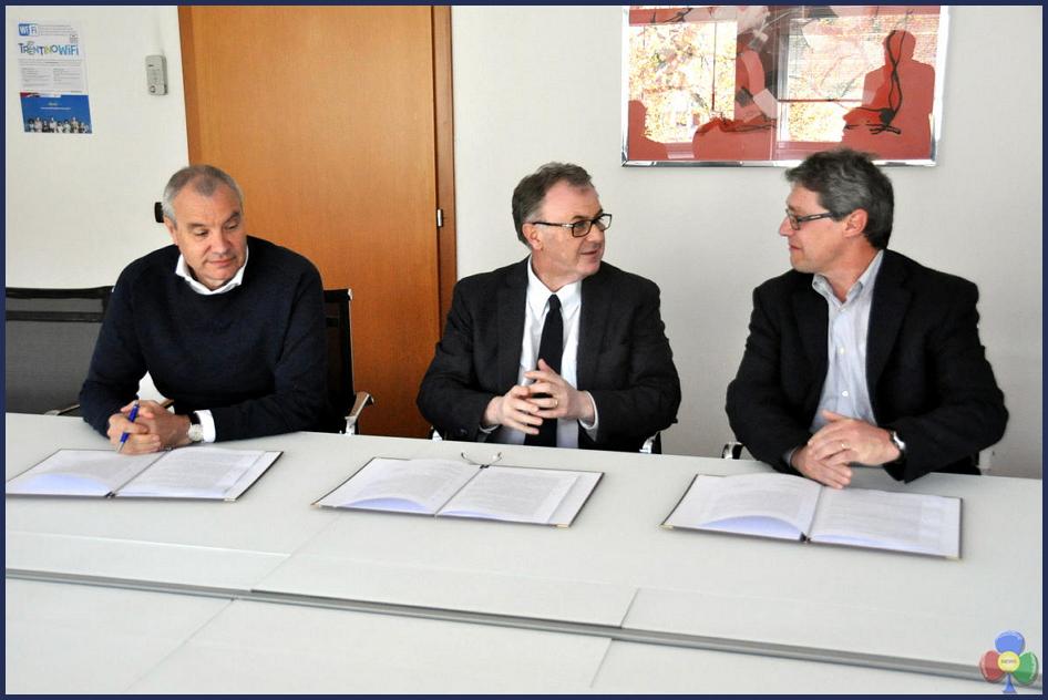 mauro gilmozze e silvano welponer Teatro di Cavalese: firmato laccordo per la ricostruzione