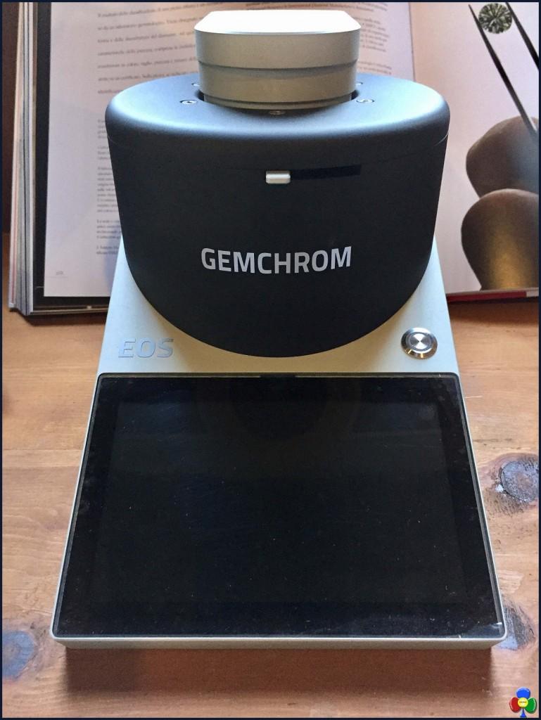 Eos colorimetro per diamanti Gemmarum p 769x1024 Fiemme, dal legno ai diamanti