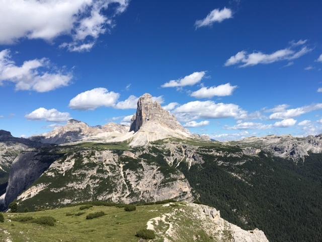 Tre Cime di Lavaredo viste dal Monte Piana A Tesero il Festival delle Terre Alte dal 4 al 6 agosto