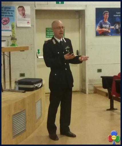 Maresciallo Maggiore Luciano Osler Prevenzione comportamenti a rischio alla Rosa Bianca con i Carabinieri