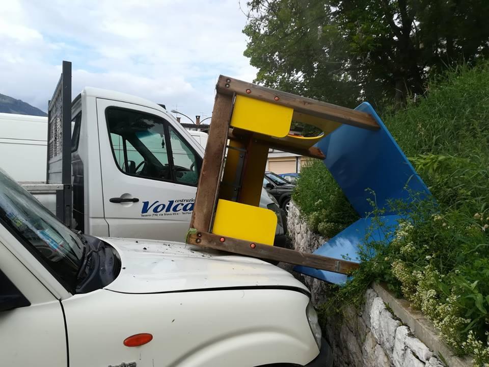 vandalismo a tesero1  Atti vandalici nella notte di sabato a Tesero